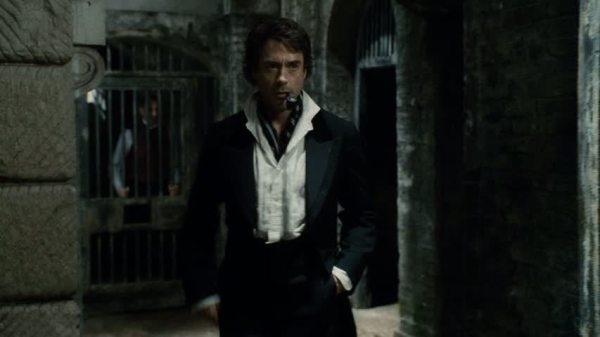 RDJ-in-Sherlock-Holmes-robert-downey-jr-21160521-853-480