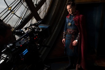 Marvel's DOCTOR STRANGE Benedict Cumberbatch (Doctor Strange) on set. Photo Credit: Jay Maidment ©2016 Marvel. All Rights Reserved.