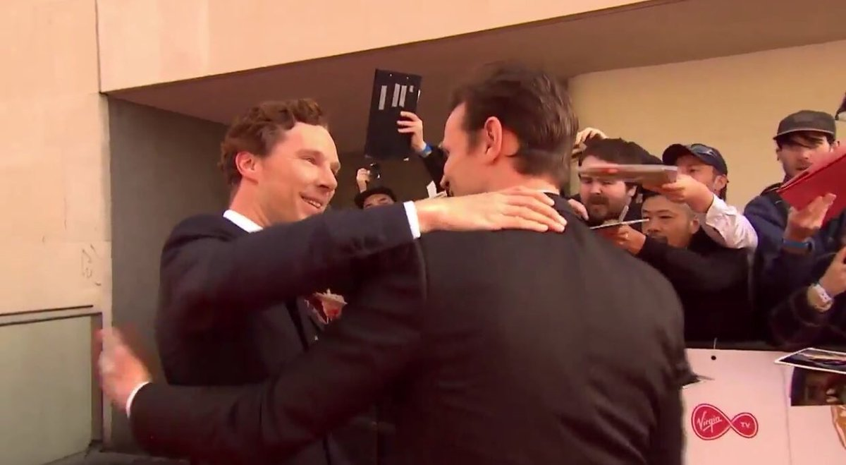 WATCH: Benedict Cumberbatch Hugs Matt Smith at BAFTAS 2017
